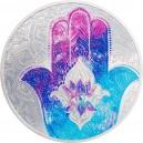 Legendární amulet Fátimina ruka poskytující ochranu proti neštěstí a uhrančivému pohledu na atraktivní stříbrné kolorované minci
