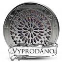 Notre Dame - věhlasné růžicové jižní okno - největší skleněná vitráž uložená v minci v historii numizmatiky